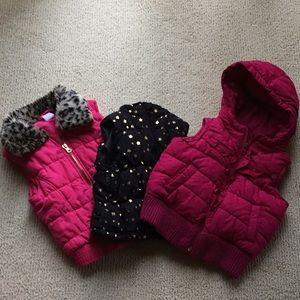 Bundle of girls vests